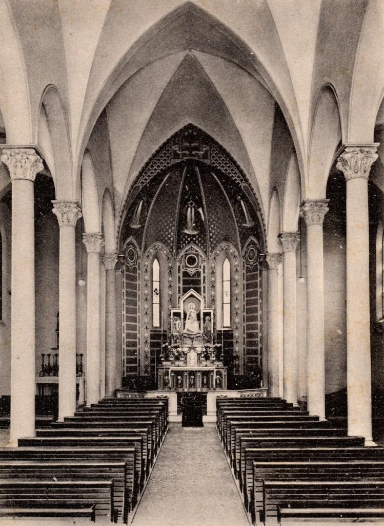 1946 circa: interno della chiesa di San Michele