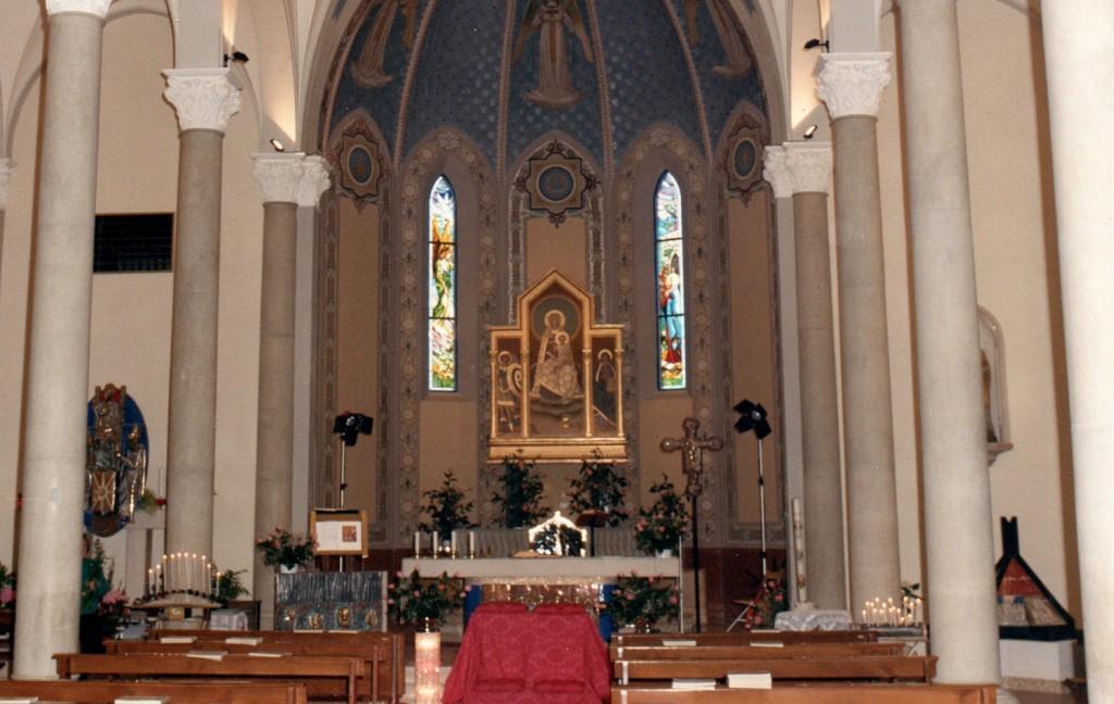 L'interno della chiesa dopo gli interventi degli anni '80