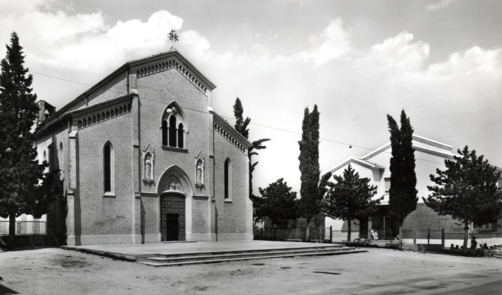 1964 - S. Michele - la nuovissima casa delle suore di fianco alla chiesa