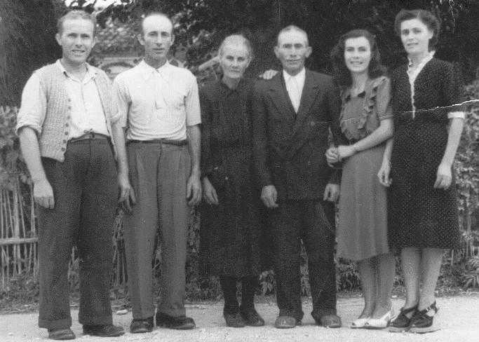 1947 - La famiglia Priori